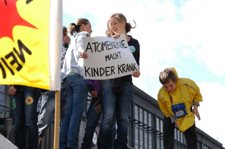 """""""Atomenergie macht Kinder krank"""", Foto: Andreas Schönefeld"""